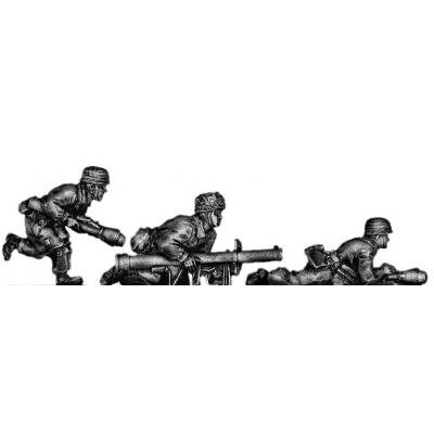 Fallschirmjager panzerfausts and panzershreck