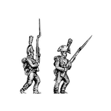 Grenadier, bicorne, advancing
