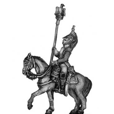 Empress Dragoon eagle bearer