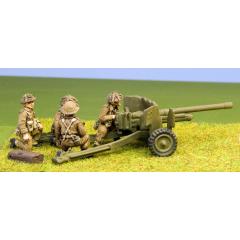 British 6 pdr crew