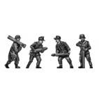 German 15cm Nebelwerfer crew