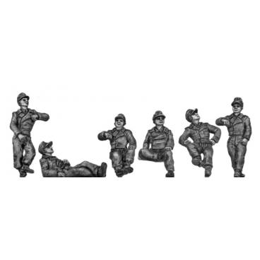 German Panzertruppen - relaxing, caps