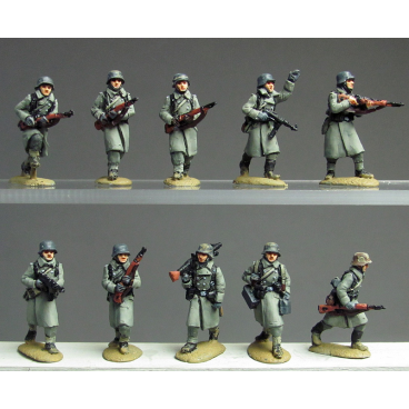 Greatcoat infantry advancing