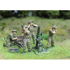 4.2-inch mortar team